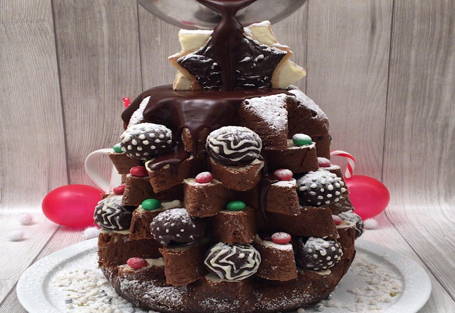 Fontana di cioccolato natalizia