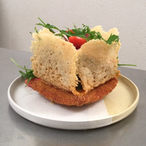 Sándwich elegante de queso parmesano y mozza!