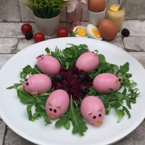 Cochons œufs mimosa