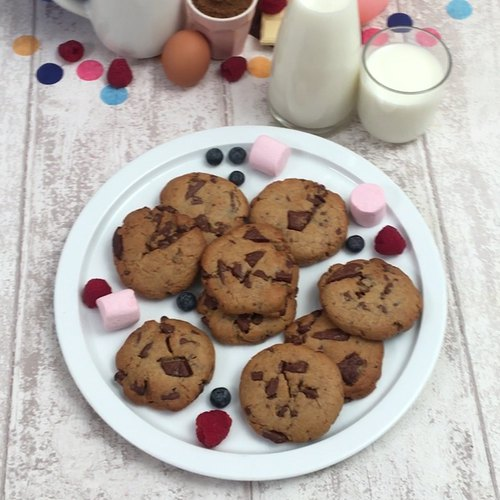 The Easiest Chocolate Chip Cookies