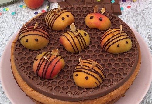 Le clafoutis de maya l'abeille