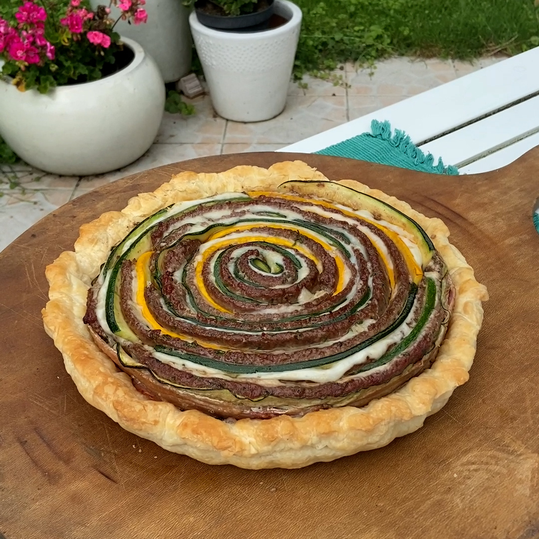 La tarte courgettes roulée au barbecue