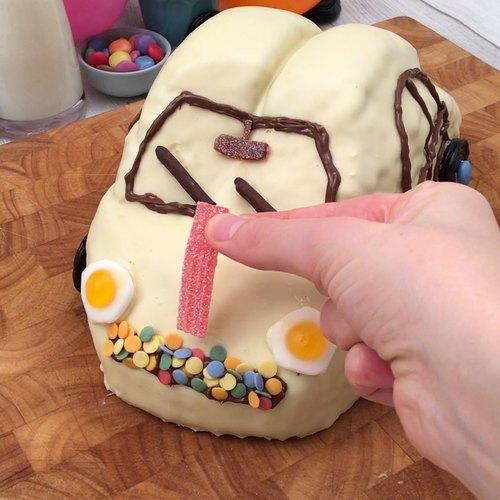 Le gâteau petite voiture