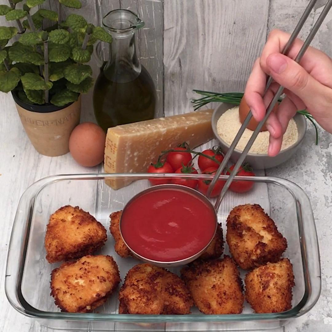 thumbnail Mozzarella Chicken Bake
