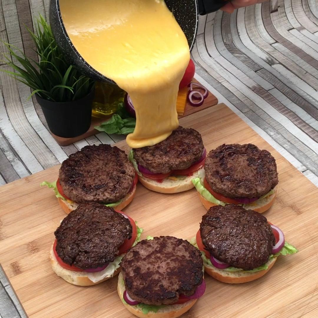 Cheeseburger Jack Daniel's